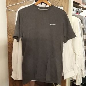 Nike regular fit medium cotton poly-blend shirt